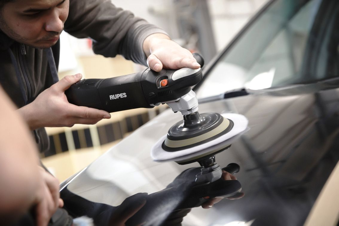 Восстановление автомобиля: профессиональный детейлинг в Тольятти