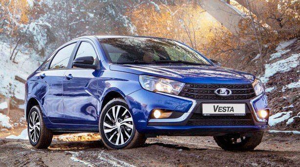 Новый отзыв Lada Vesta - что-то не так с обивкой