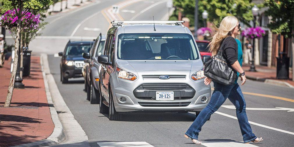 Ford научит беспилотные автомобили общению