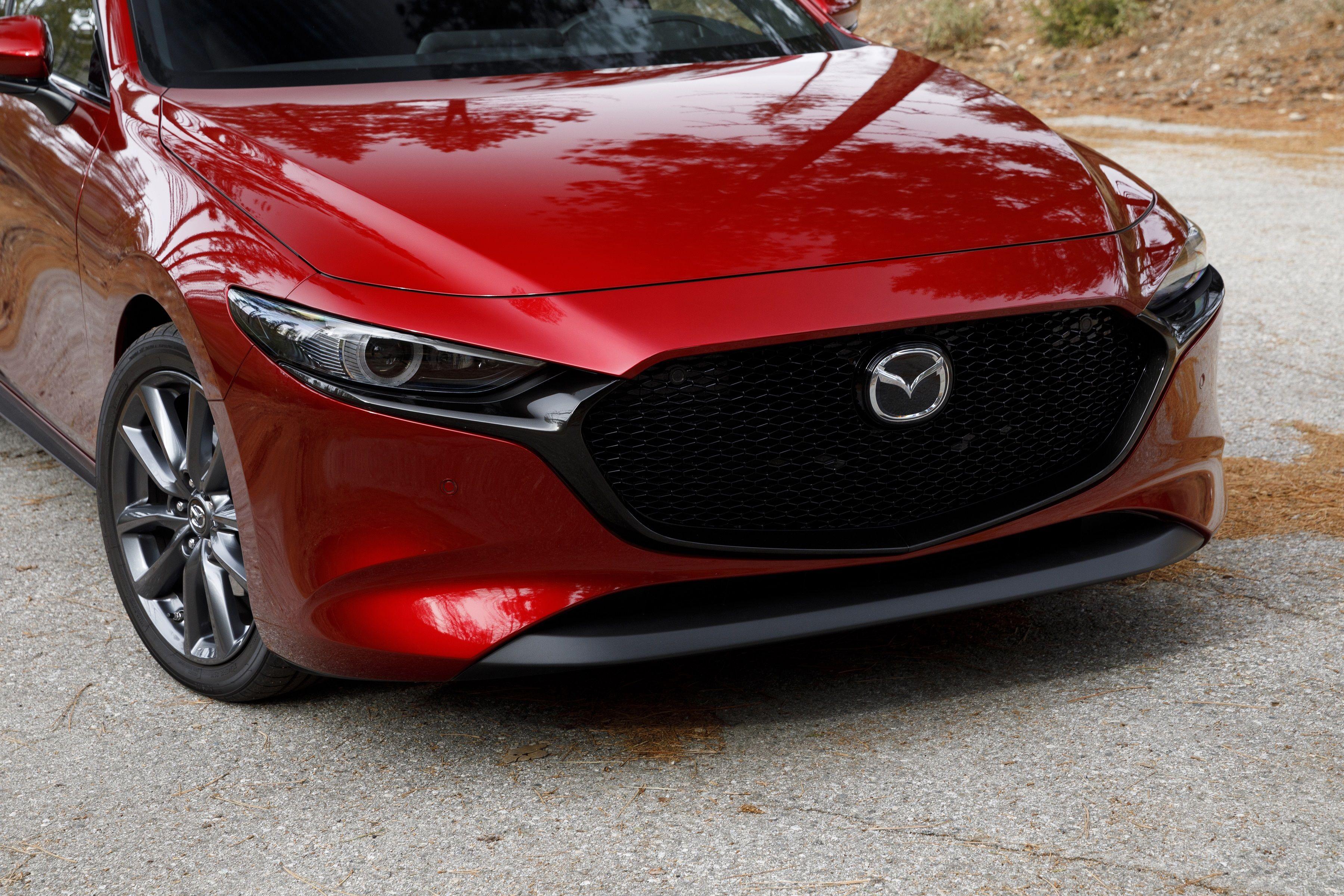 Хэтчбек Mazda3 появится в России в июле