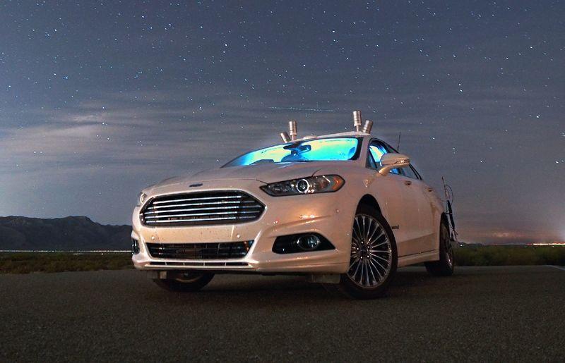 Беспилотник Ford: без водителя во тьме