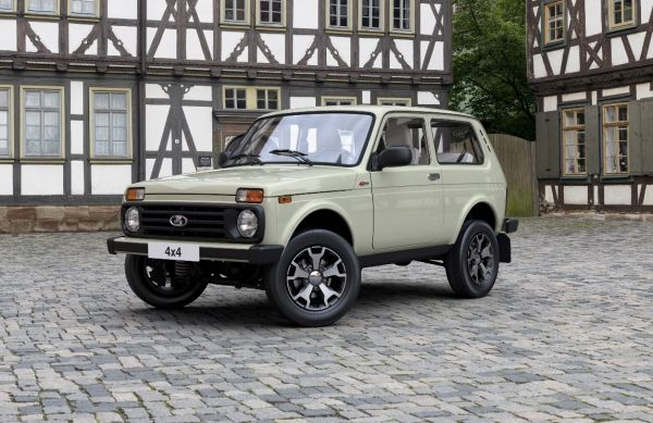 АВТОВАЗ начал продажи юбилейной серии LADA 4х4