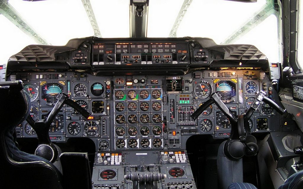 Aviation_Instruments_in_the_cockpit_of_a_modern_aircraft_103241_.jpg